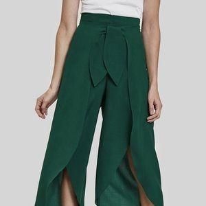 MOVING SALE🎉 Green wrap pants
